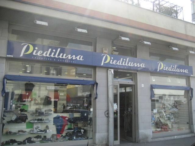 40bdbe07d7446 Negozi di scarpe a Torino centro - Piediluna Calzature